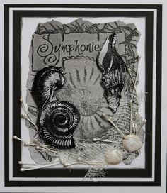 Eine Schwarz-Weiß-Kombination mit PanPastel und einem Collagen-Stempel von katzelkraft - gestaltet von Daniela Rogall
