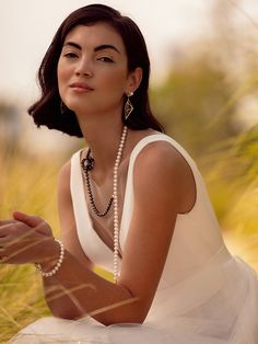 Honour the Meaning but Change the Methods: How Brides are Bringing a Modern Twist to their Wedding Jewellery Bridal Gowns, Wedding Gowns, Bridal Wardrobe, Pearl Bar, South Sea Pearls, Tea Ceremony, Jewelry Branding, Star Shape, On Your Wedding Day