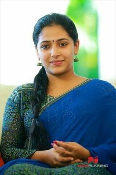Anu Sithara is a well known Malayalam actress and a trained dancer. She is extremely beautiful and even considered as the face that is goi. Beautiful Girl Indian, Most Beautiful Indian Actress, Beautiful Saree, Beautiful Gorgeous, Beautiful Actresses, Beautiful Women, South Actress, South Indian Actress, Aunty In Saree