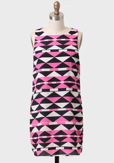 printed shift dress: cute belted too! Get 5% Cash Back http://www.studentrate.com/washington/get-washington-student-deals/ShopRuche-Student-Discounts--/0