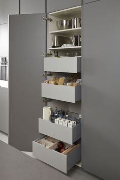 Seek this important pic in order to visit the here and now facts and strategies on Kitchen Redesign Tips Kitchen Pantry Design, Kitchen Organisation, Diy Kitchen Storage, Kitchen Cabinetry, Modern Kitchen Design, Home Decor Kitchen, Interior Design Kitchen, Home Kitchens, Owl Kitchen