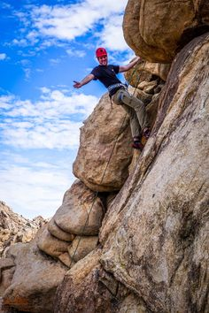 Rock climbing in Joshua Tree National Park is incredible and needs to be on your bucket lists! There are so many fun things to do in California, but this outdoor adventure is a serious can't miss.  Whether you have no experience or have some serious skills, you need to add this to your next family vacation or weekend road trip. Just make sure that you take the right guide so that you see everything and don't miss anything awesome…