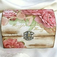 Jewelry Box rose jewellery box make up box cottage chic box bedroom box french script chic box victorian wood chest shabby keepsake box Decoupage Vintage, Napkin Decoupage, Decoupage Box, Bedroom Storage Boxes, Box Bedroom, Wood Storage Box, Diy Storage, Jewellery Box Making, Jewellery Boxes