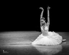 Olga Smirnova rehearsing Fokine's 'The Dying Swan'. Photo (c) Jack Devant.
