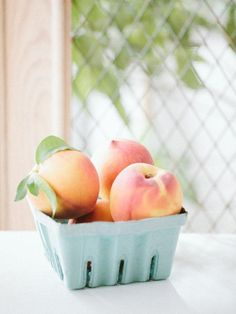 57 Ideas For Fruit Aesthetic Melon Healthy Fruit Desserts, Fruit Smoothie Recipes, Healthy Fruits, Healthy Food, Food Photography Styling, Food Styling, Fruit Photography, Photography Portfolio, Peach Aesthetic