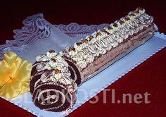 Kakaová roláda s karamelovým krémem Czech Recipes, Sweet Desserts, Waffles, Rolls, Breakfast, Food, Pineapple, Kuchen, Morning Coffee