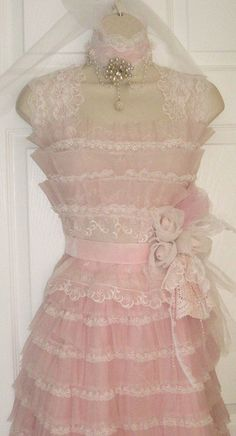 Pink vintage lace--so pretty! --Beba { Photo by Mylulabelles on Flickr }