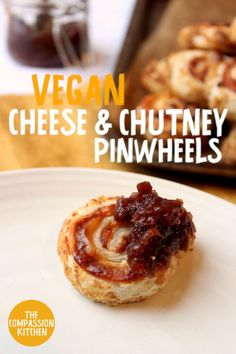 Pastry wheels rolled with delicious melted vegan cheese and homemade rich red onion chutney Vegan Foods, Vegan Snacks, Vegan Recipes, Snack Recipes, Vegan Appetizers, Savory Snacks, Appetizer Ideas, Thing 1, Summer Picnic