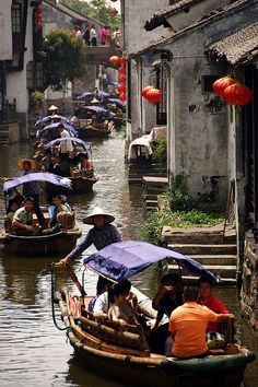 Boat tours on the canals of Zhouzhuang, China. Shanghai, Beijing, Vietnam, Hongkong, In China, China Food, Chinese Architecture, Chinese Buildings, Suzhou