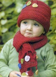 детская шапочка и шарфик вязаные крючком
