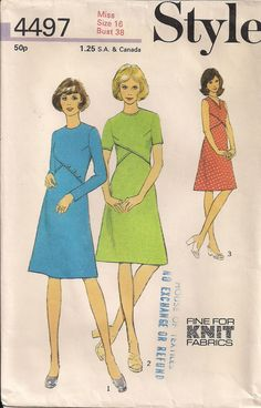 Vintage 70s Sewing Pattern DRESS Mod with Front by HoneymoonBus