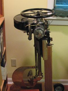 Outboard Motor Stand, Outboard Boat Motors, Oil Service, Boat Engine, Trolling Motor, Vintage Boats, Old Boats, Speed Boats, Wooden Boats