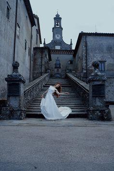 """""""Places of Past"""" — Photographer: Michele Maglio – Mic Photo Wardrobe/Stylist: Le Streghe dell'Est Model: Elena Bartolini"""