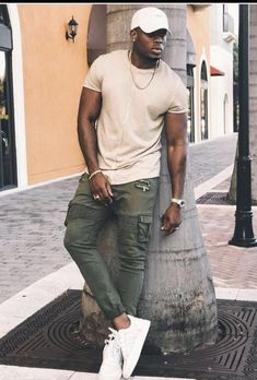 11 Best Mens Fashion Tips To Elevate Your Style! 11 Best Mens Fashion Tips To Elevate Your Style! Black Men Summer Fashion, Best Mens Fashion, Black Mens Urban Fashion, Black Men Summer Outfits, Black Men Fall Fashion, Classy Mens Fashion, Tall Men Fashion, Winter Fashion, Summer Men
