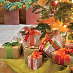 Christmas Decorating Ideas: Use Different Size Tree Lights for a Big Impact