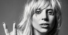 Lady Gaga ha dado una entrevista a Zane Lowe de la radio Beats 1 de Apple. Ella habló sobre su nuevo álbum #Joanne, el video clip de Perf...
