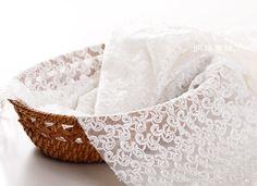 http://minglinlace.com/購物/蕾絲素材/明林蕾絲小天馬棉網蕾絲布碼不規則變形蟲花款蕾絲手作-MIT台灣製米白色