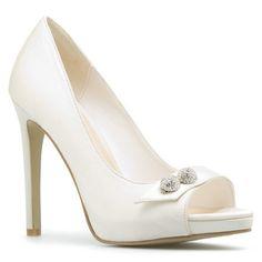 Good wedding shoe!