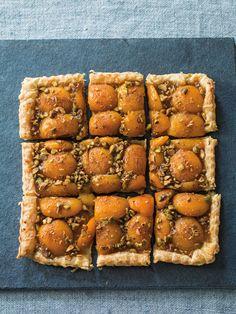 Apricot-Pistachio Tart