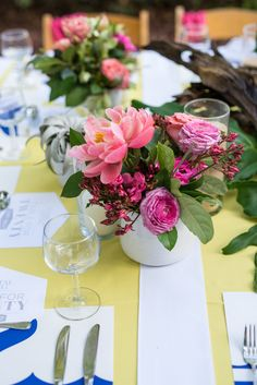 A Table for 20 – Coastal Living Magazine's 20th Anniversary Celebration (omg I pulled these flowers for this!!!!!!)