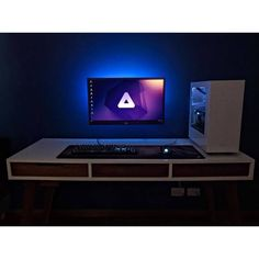 """396 Likes, 1 Comments - Mal - PC Builds and Setups (@pcgaminghub) on Instagram: """"An amazing minimalist setup! Submitted by: @tin.marence. Check out the link in my bio! Tag a…"""""""