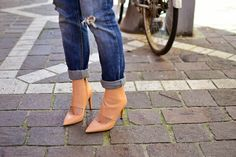 #fashion #shoes REINVENT YOURSELF: On the street in Bf jeans
