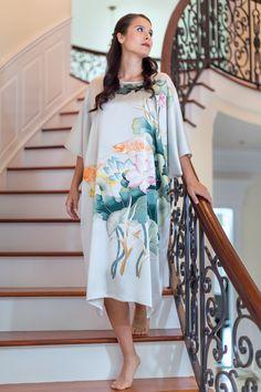 TexereSilk - The Goldfish Women s Silk Kimono Nightgown Silk Kimono 98c0fd763