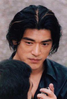 Takeshi Kaneshiro medium hairstyle with side bangs