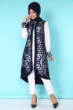 Burning Vest Set with 2 Laci Product code: -> TL Abaya Fashion, Muslim Fashion, Fashion Wear, Fashion Dresses, Womens Fashion, Stylish Dress Designs, Stylish Dresses, Simple Dresses, Demin Dress