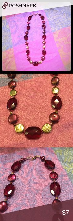"""Liz Clairbone Garnett/Gold Beaded Necklace 18"""" Pre loved Liz Clairbone 18"""" Necklace in Excellent Condition. Lobster Clasp Garnett Colored Beads with Gold & Burgundy (Heavy in weight) Circular Beads <<This is a very beautiful necklace to accent a career outfit or a cocktail dress/pant suit.  feel free to ask any questions‼️ Liz Claiborne Jewelry Necklaces"""