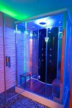 A Cabine de Banho Oslo da Unique SPA é um SPA Vertical que oferece funções diferenciadas para o banho como: sauna úmida, aromaterapia, cromoterapia, hidromassagem vertical e música! www.uniquespa.com.br
