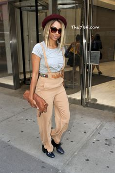 Jourdan Dunn Serves Model FAB For EXPRESS Photoshoot In NYC + Kat Graham Shops For New Sunglasses