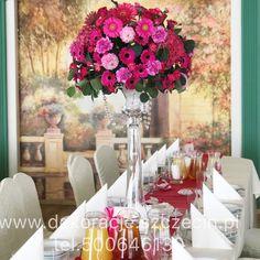 Dekoracja slubna fuksja Glass Vase, Table Settings, Table Decorations, Furniture, Home Decor, Decoration Home, Room Decor, Place Settings, Home Furnishings
