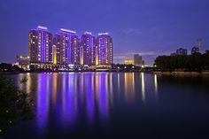 Wuhan City, Hubei Province, China                                                                                                            Xibei Hu (Northwest Lake) at Dusk 西北湖向晚             by        olvwu | 莫方      on        Flickr..