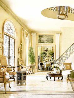 beautiful-stairs-case-elegant-decor-foyer-decorating-ideas-john-bobbitt