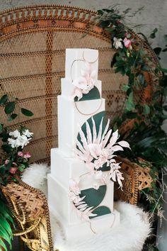 tropical wedding cakes - photo by Katt Willson http://ruffledblog.com/stylish-tropical-wedding-inspiration-in-the-pacific-northwest