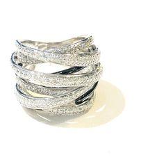 02de3b5bc378 Pavée Topaz Multi-band Ring - Silver