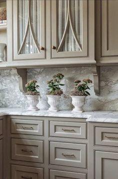 Nice cabinet coloe