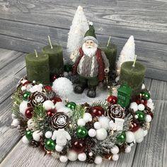 Christmas Deco, Christmas Wreaths, Christmas Crafts, Xmas, Deco Mesh, Centerpieces, Holiday Decor, Diy, Business