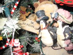 A little tree decorated with Boyd's Bears.