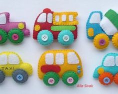 Newest techics felt magnets for kids cars toys kids car baby boy nursery toy car felt Felt Crafts, Diy And Crafts, Crafts For Kids, Fabric Toys, Felt Fabric, Felt Kids, Nursery Toys, Felt Patterns, Baby Boy Nurseries