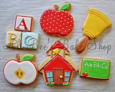 Back to School Cookie Designs - LOVE the apple!