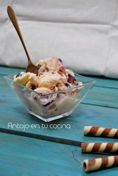 Black forest ice cream {with chocolate and cherries}