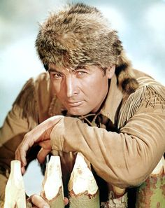 Davy Crockett - The Legend of Davy Crockett  TV Characters Who Make You Proud to Be American -