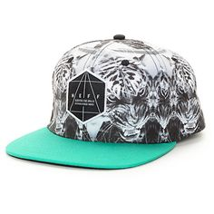 Add some busy style to your outfits with the wild new look of the Battlekat snapback hat from Neff. A wild tribal print tiger kaleidoscope graphic graces the entire crown plus a Neff logo patch on the front accented by a contrasting black bill and lightwe