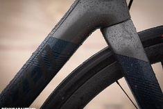 Specialized Roubaix 2020 im Test: King of Kopfstein? - Rennrad-News Paris Roubaix, Specialized Bikes, Cobblestone Pavers, Front Stoop, Road Racer Bike