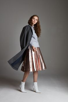 Midi Skirt, Sequin Skirt, Sequins, Skirts, Fashion, Moda, Sequined Skirt, Fashion Styles, Skirt