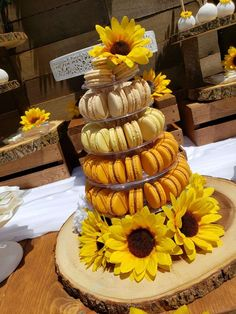 The Sunflower themed party can be a beautiful option for birthdays, weddings, baby showers and so many other events. Sunflower Party Themes, Sunflower Birthday Parties, Sunflower Weddings, Baby Shower Parties, Baby Shower Themes, Sunflower Baby Showers, Sweet 16 Parties, 16th Birthday, Dessert Table