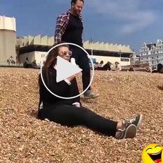 Runnnnnn !!!! – Gif Videos Funny, Funny Gifs, Vespa, Pets, Haha, Humor, Funny, Wasp, Hornet