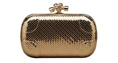 Bottega Veneta http://www.vogue.fr/mode/shopping/diaporama/pochettes-de-fete-1/16804/image/893168